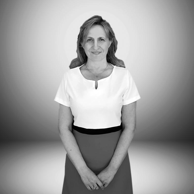 ELENA CASTELL CORTÉS